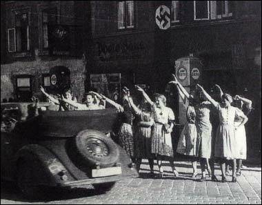 Amstetten women welcome Hitler (date unknown).